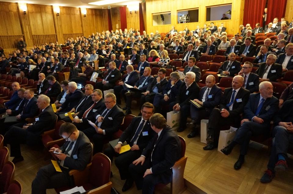 delegaci Związku Miast Polskich