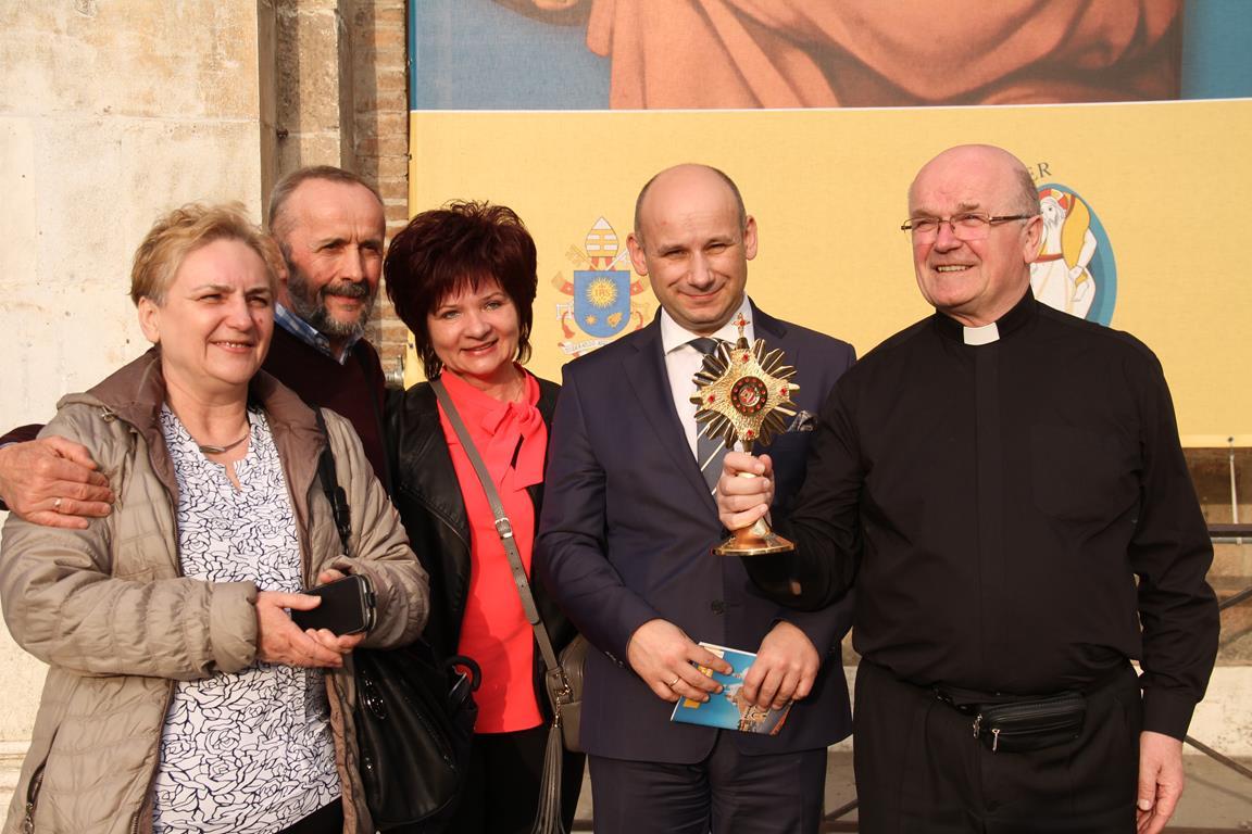 Relikwie św. Antoniego są już w Tomaszowie