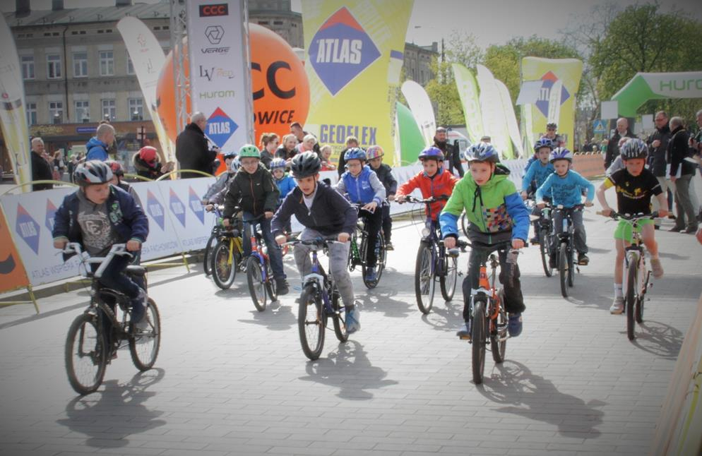 Zawody kolarskie dla dziec
