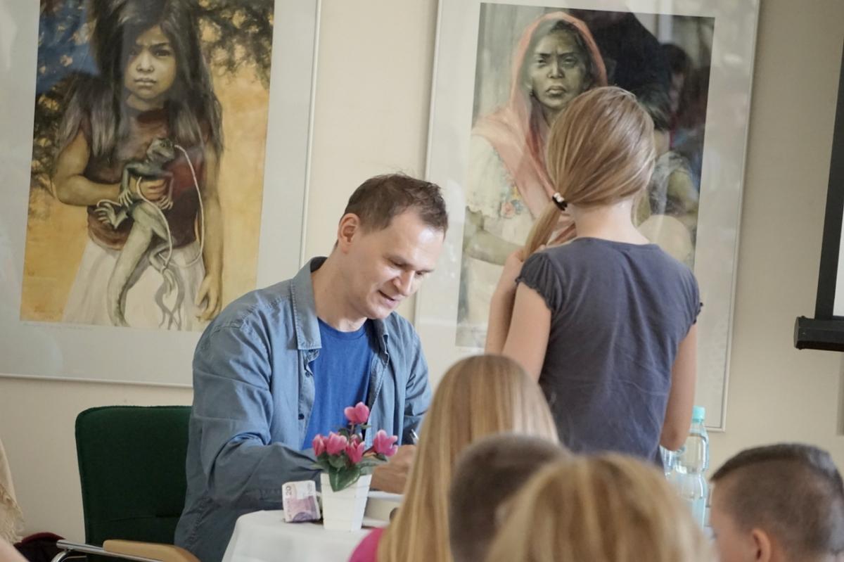 Zdjęcie ze spotkania z Arkadiuszem Niemirskim