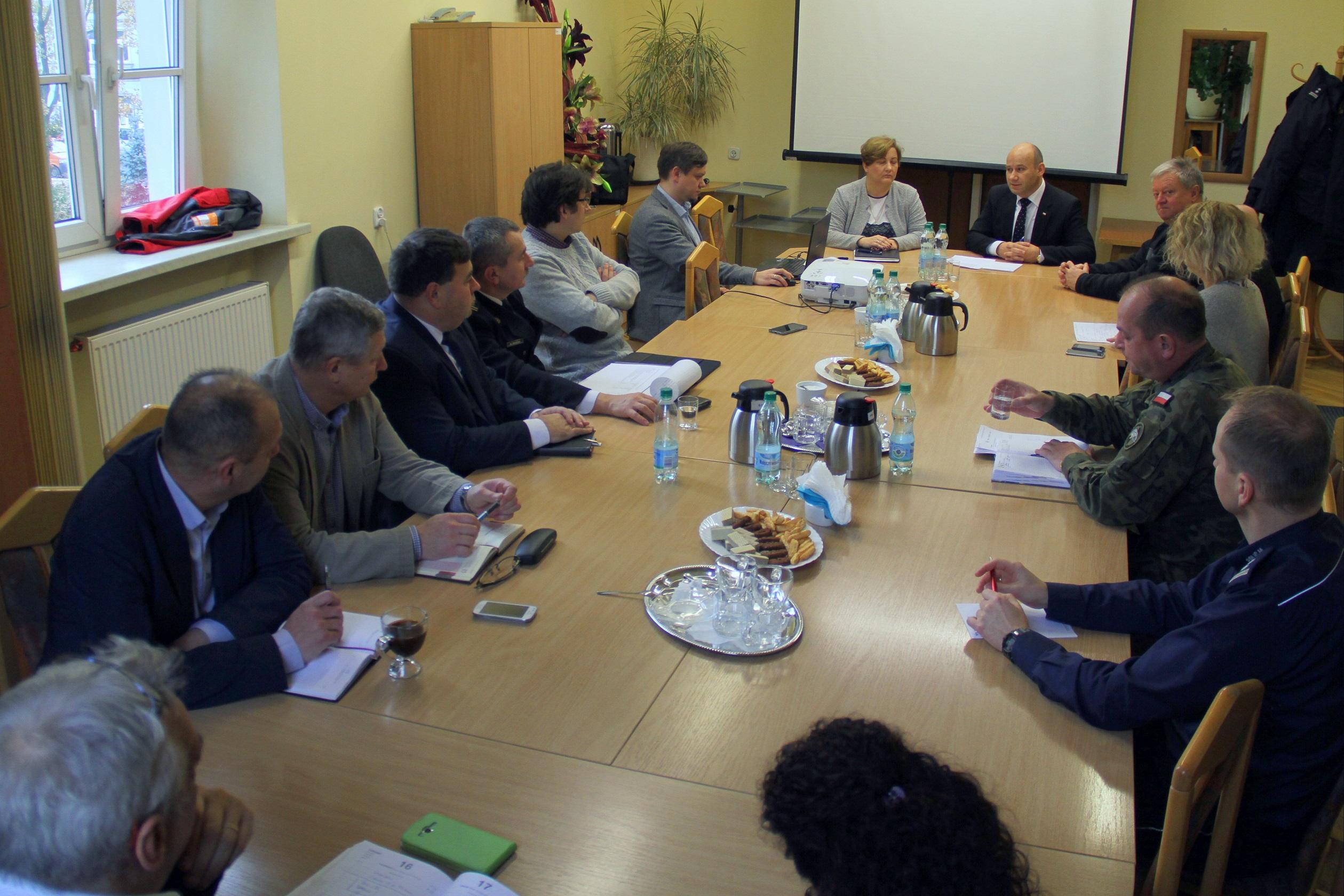 Zdjęcie ze spotkania na temat monitoringu w Tomaszowie Mazowieckim