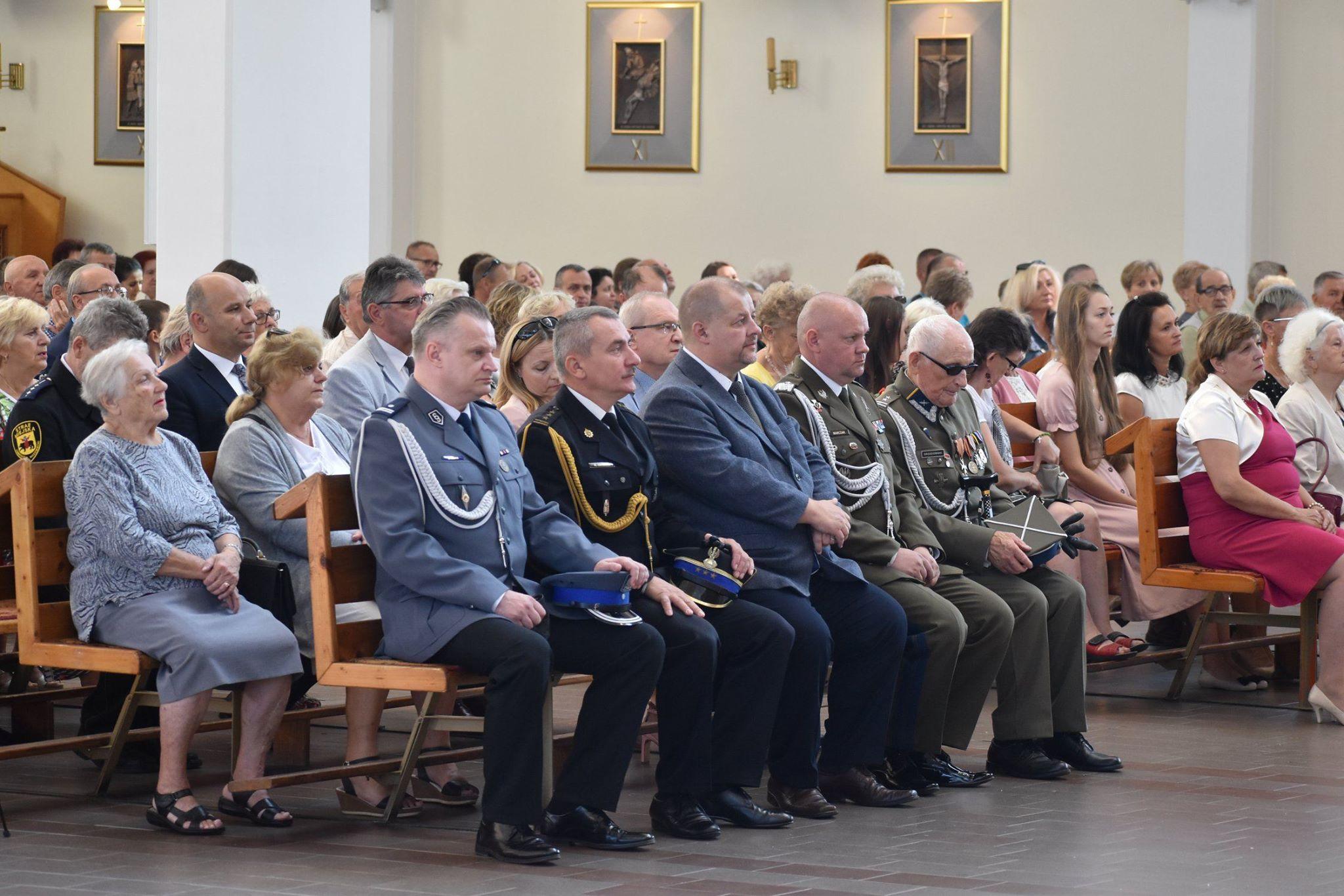 Zdjęcie z uroczystości wojskowych - sierpien 2019