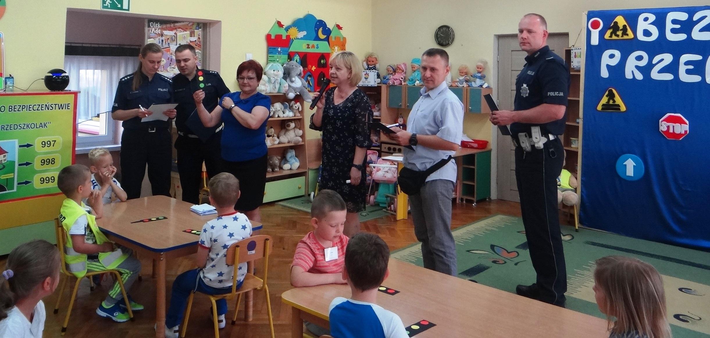Zdjęcie z konkursu przedszkolaków o bezpieczeństwie