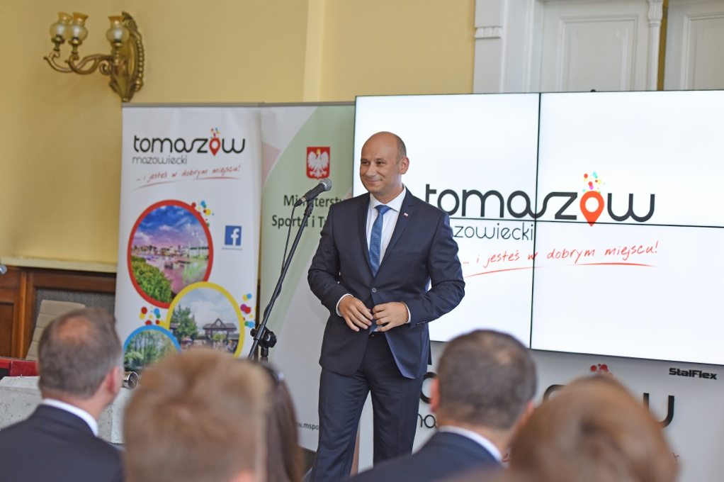 http://www.tomaszow-maz.pl/web/files/article/900ae20521d8b2b98ea6acacab3bc31dDSC_1921.jpeg