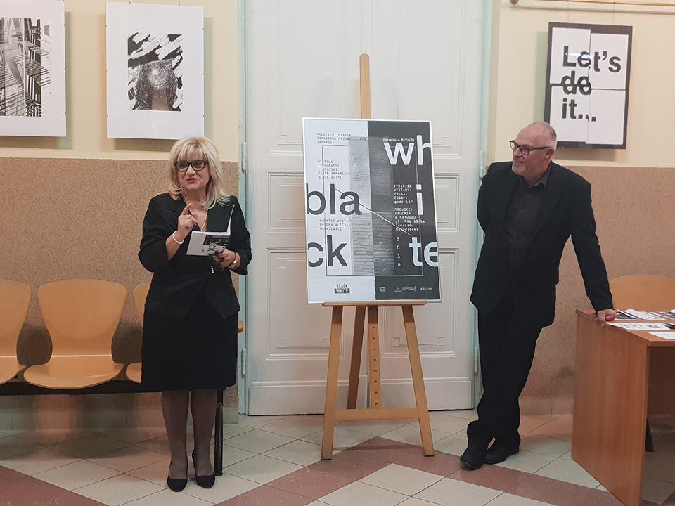 """Wernisaż Wystawy """"Black White"""" Autorstwa Piotra Abramczyka"""