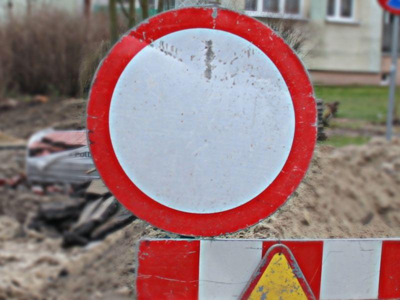 Budowa ronda u zbiegu ulic św. Antoniego i Mazowieckiej [OBJAZD, ZMIANY W ROZKŁADZIE JAZDY]