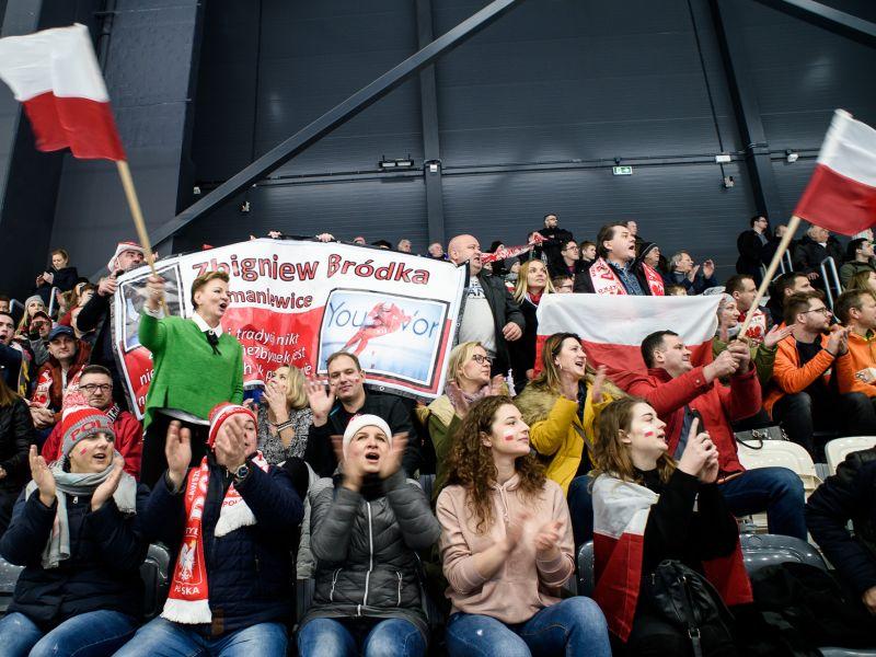Tłumy kibiców na Pucharze Świata w Arenie Lodowej