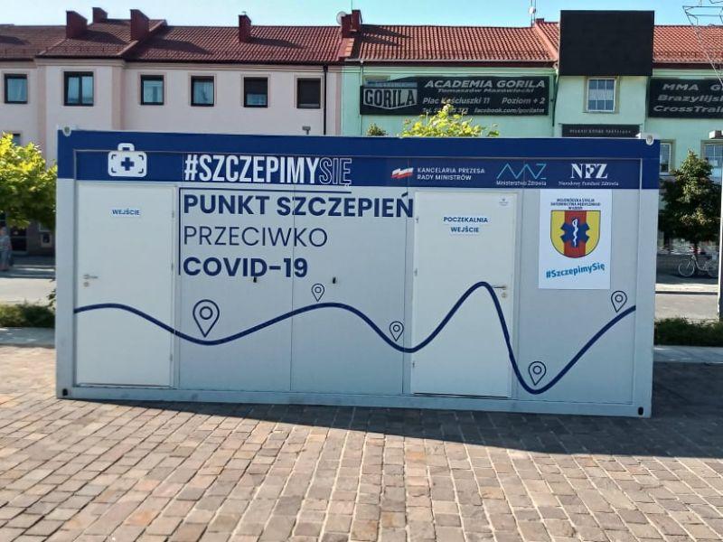 Na zdjęciu kontener Mobilnego Punktu Szczepień na placu Kościuszki