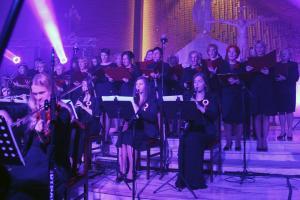 Zaśpiewali dla Niepodległej. Koncert Symfonii Juventus i chóru Artis Gaudium
