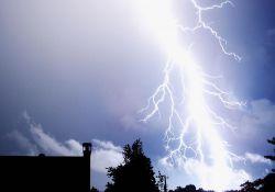 Uwaga! Prognozuje się wystąpienie burz z opadami deszczu