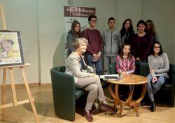 Znana poetka spotkała się z tomaszowską młodzieżą