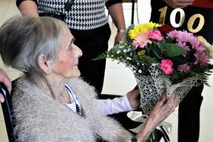 200 lat dla pani Marianny. Tomaszowianka świętowała setne urodziny