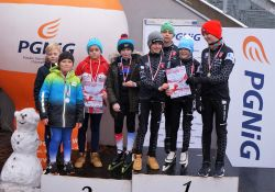"""Deszcz medali dla łyżwiarzy szybkich z IUKS """"Dziewiątka"""""""