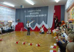 Święto Niepodległości. Lekcja historii w przedszkolu nr 3