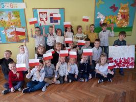 """Święto Narodowe Trzeciego Maja w """"Ósemce"""""""